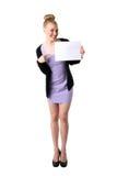 Donna che tiene scheda bianca vuota. Immagine Stock