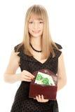 Donna che tiene una borsa Fotografie Stock