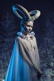 Donna con body art della capra Immagini Stock Libere da Diritti
