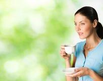 Donna con caffè Immagini Stock
