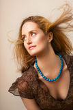 Donna con capelli selvaggi Fotografia Stock Libera da Diritti