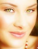 Donna con gli occhi verdi Immagini Stock Libere da Diritti