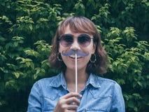 Donna con i baffi immagini stock