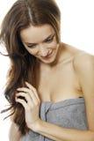 Donna con i capelli lunghi di Brown fotografia stock libera da diritti