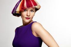 Donna con i colori differenti dei capelli di scarsità Fotografie Stock Libere da Diritti