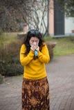 Donna con i freddo Fotografia Stock Libera da Diritti