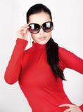Donna con i grandi vetri di sole Fotografia Stock