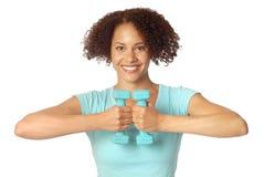 Donna con i pesi liberi Fotografia Stock Libera da Diritti