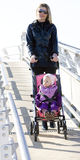 Donna con il bambino Fotografia Stock Libera da Diritti