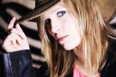 Donna con il cappello Fotografie Stock