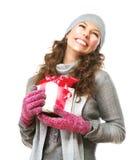 Donna con il contenitore di regalo di Natale Fotografia Stock Libera da Diritti