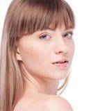 Donna con il fronte perfetto di salute Immagini Stock