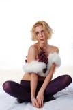 Donna con il mazzo di uva Fotografia Stock Libera da Diritti
