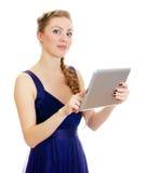 Donna con il pc del ridurre in pani. Fotografia Stock Libera da Diritti