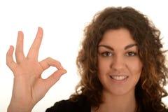 Donna con il segno GIUSTO Fotografia Stock Libera da Diritti