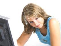 Donna con il suo calcolatore Immagine Stock Libera da Diritti