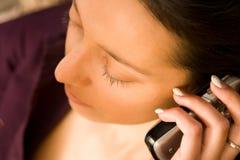 Donna con il telefono mobile Fotografia Stock