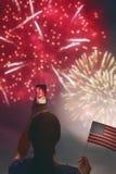 Donna con la bandiera americana Fotografie Stock Libere da Diritti