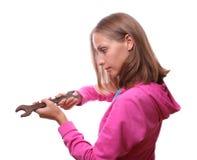 Donna con la chiave, isolata Immagini Stock Libere da Diritti
