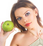Donna con la mela verde fotografie stock