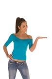 Donna con la palma aperta Immagini Stock