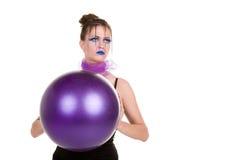 Donna con la sfera Immagini Stock