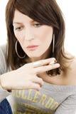 Donna con la sigaretta Fotografia Stock