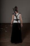 Donna con la spada Fotografie Stock Libere da Diritti