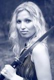 Donna con la spada di katana Fotografia Stock Libera da Diritti