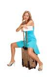 Donna con la valigia di corsa Fotografie Stock