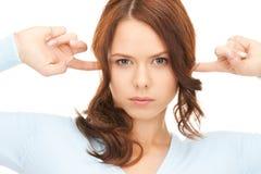 Donna con le barrette in orecchie immagini stock