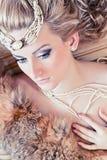 Donna con pelliccia Fotografia Stock