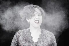 Donna con polvere Fotografia Stock Libera da Diritti