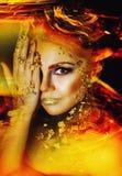 Donna con trucco dorato Immagine Stock Libera da Diritti