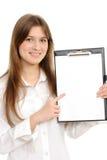 donna con un dispositivo di piegatura che rappresenta qualcosa Fotografia Stock Libera da Diritti
