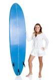 Donna con un surf Fotografia Stock Libera da Diritti