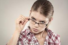 Donna concentrata fotografie stock libere da diritti