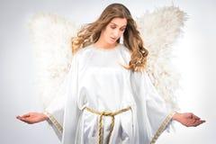 Donna in costume di angelo Fotografie Stock