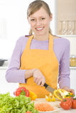 Donna in cucina Immagine Stock Libera da Diritti