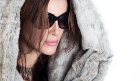 Donna d'avanguardia splendida di inverno Fotografie Stock Libere da Diritti