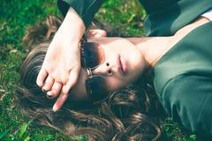 Donna degli occhiali da sole Fotografia Stock Libera da Diritti