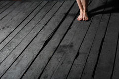 donna dei piedini s del pavimento Immagini Stock