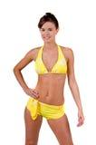 Donna del Brunette in un bikini fotografie stock libere da diritti