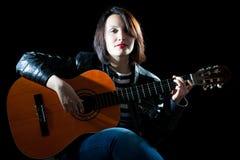 Donna del chitarrista Fotografia Stock Libera da Diritti