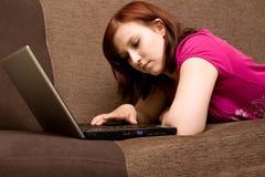 donna del computer portatile Immagine Stock