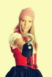 Donna del costume del pirata fotografie stock libere da diritti