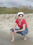 donna del marinaio della spiaggia fotografia stock libera da diritti