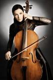Donna del violoncellista del giocatore del violoncello Immagini Stock Libere da Diritti