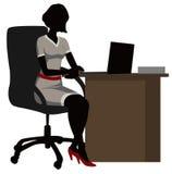 Donna dell'ufficio della siluetta con un computer portatile Fotografia Stock Libera da Diritti