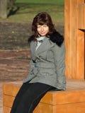 donna della sosta di autunno Immagine Stock Libera da Diritti